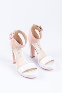 zdjęcie butów calvina kleina